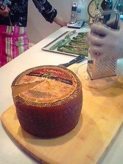 100515_チーズ.jpg